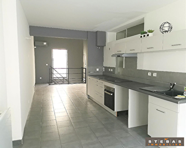 A VENDRE- CARPENTRAS - Appartement type loft 2/9