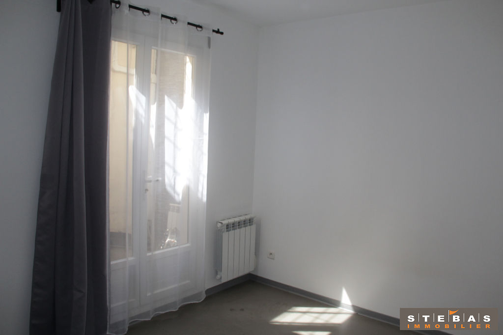 A VENDRE- CARPENTRAS - Appartement type loft 5/9